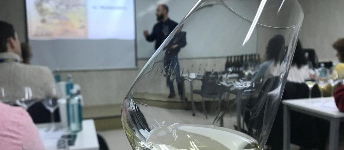 Juan Ruiz -Aponiente- durante uno de los talleres.